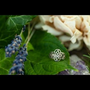 Sterling Silver-Celtic Ring-Gothic -Knot Ring